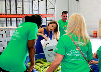 Comcast Food Bank 2017-008